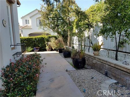 218 Garden Gate, Irvine, CA 92620 Photo 2