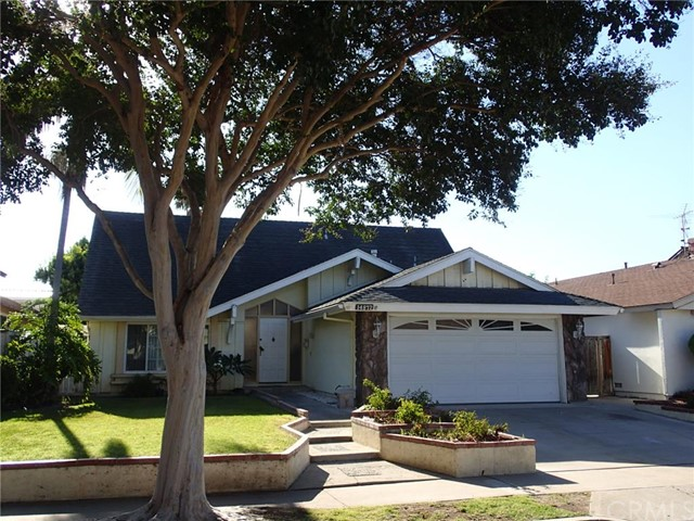 Single Family Home for Rent at 14872 Featherhill St Tustin, California 92780 United States