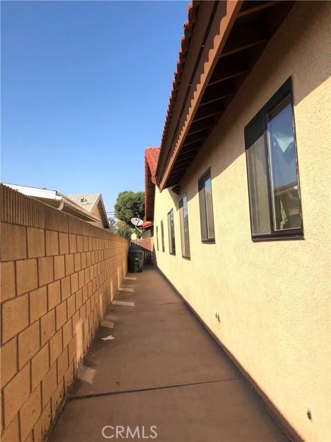 6976 Naomi Avenue, Buena Park CA: http://media.crmls.org/medias/dee8386f-8639-4927-b637-47e5dddc25f9.jpg