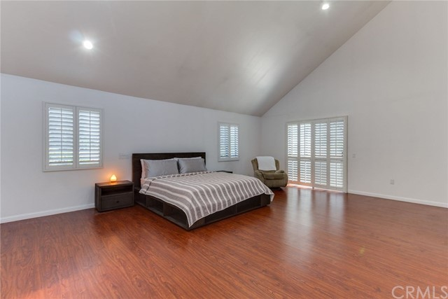 3860 S Cloverdale Ave, Los Angeles, CA 90008 photo 17