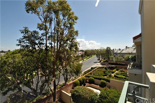 19342 Sawgrass Lane Huntington Beach, CA 92648 - MLS #: PW18084439