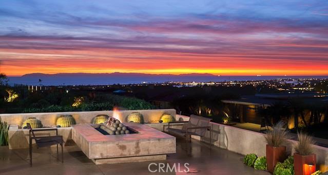Single Family Home for Sale at 1227 Goldenrod St Corona Del Mar, California 92625 United States