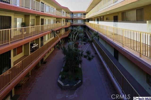 545 Chestnut Av, Long Beach, CA 90802 Photo 2