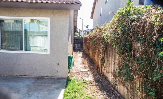 11938 Graham Street, Moreno Valley CA: http://media.crmls.org/medias/df00d24d-f8e7-4d60-b97f-5a6e0fd3542b.jpg