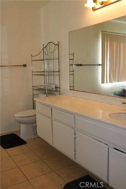 3583 Fensmuir Street, Riverside CA: http://media.crmls.org/medias/df05fa69-7924-4fe6-b95e-66ad036ff553.jpg