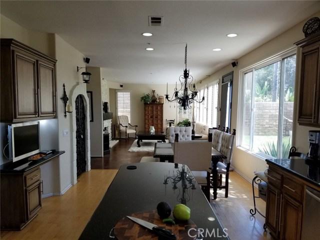 1324 Garten Drive, Placentia CA: http://media.crmls.org/medias/df0e98a6-3335-47bb-9a83-e6dbb7450f3e.jpg