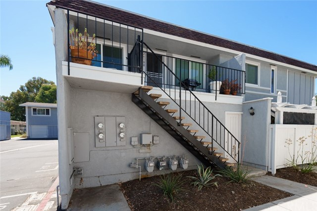 26108 Via Pera, Mission Viejo CA: http://media.crmls.org/medias/df1003c8-d4d4-402a-ae11-4b0e3595755d.jpg