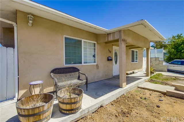 130 W Lewis, San Diego CA: http://media.crmls.org/medias/df16cf2b-193f-4125-ad01-0276fb384f0a.jpg