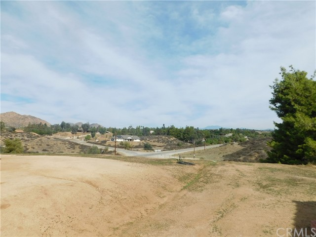 37075 Glenoaks Rd, Temecula, CA 92592 Photo 10