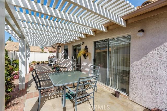 6384 Colonial Avenue, Banning CA: http://media.crmls.org/medias/df342f4e-37da-4986-b36f-26969e68840e.jpg