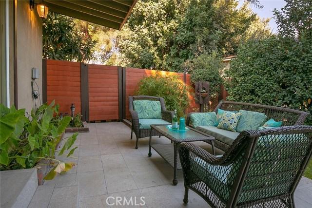 184 W Sandra Avenue, Arcadia CA: http://media.crmls.org/medias/df385a52-fcd7-4fe1-8fe7-6b63e351cd2d.jpg