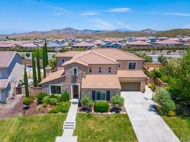 Photo of 35100 Mahogany Glen Drive, Winchester, CA 92596