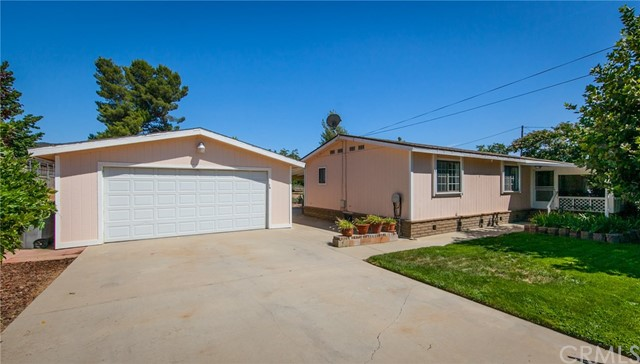 10280 Winesap Avenue, Cherry Valley CA: http://media.crmls.org/medias/df489545-937e-43f0-8aa6-552ae08a2799.jpg