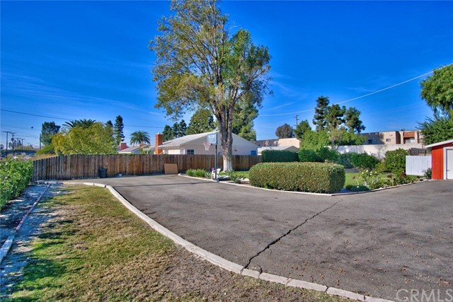 1001 E North St, Anaheim, CA 92805 Photo 47