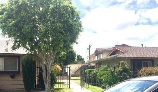 3024 Topaz Lane, Fullerton CA: http://media.crmls.org/medias/df59614b-b5f2-4aad-b7be-7662489a7d67.jpg