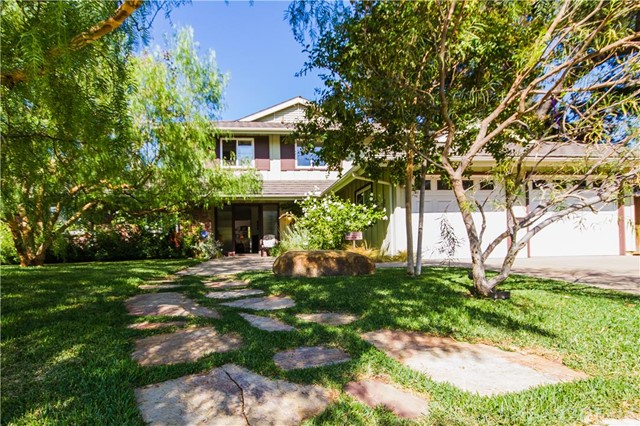 Single Family Home for Sale at 17641 Norwood Park St Tustin, California 92780 United States