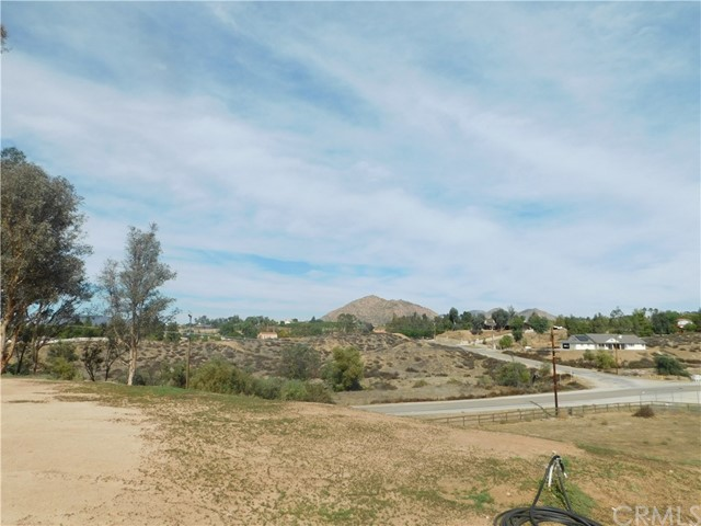 37075 Glenoaks Rd, Temecula, CA 92592 Photo 11