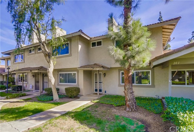 207 Baymeadows Drive Placentia, CA 92870 is listed for sale as MLS Listing OC16740757
