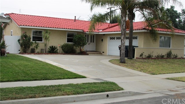 16551 Higgins Circle, Huntington Beach, CA, 92647