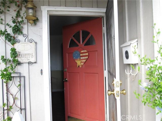 1155 W Masline Street, Covina CA: http://media.crmls.org/medias/df8c3da9-fdf1-465d-9d25-ed91858559b9.jpg