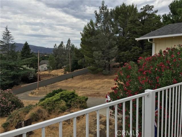 16496 Hacienda Court, Hidden Valley Lake CA: http://media.crmls.org/medias/dfafc6c8-54cc-4fef-b6c3-6dc8fef8d5a3.jpg