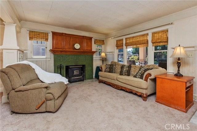 3601 Linwood Place, Riverside CA: http://media.crmls.org/medias/dfbb7a96-6c83-459d-ac67-7befea5bbce2.jpg