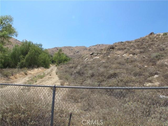11275 Eagle Rock Road, Moreno Valley CA: http://media.crmls.org/medias/dfca3579-0068-4b1e-903c-c2a00f13595a.jpg