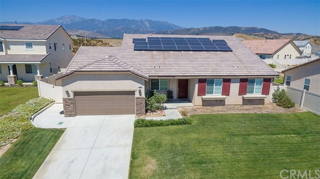 Single Family Home for Sale at 142 Mesquite Court Calimesa, California 92320 United States