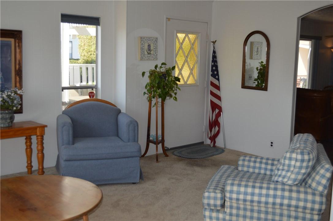 1256 Harbor Lake Avenue, Brea CA: http://media.crmls.org/medias/dfd7cecb-daa3-475a-89ba-293ce56d29b5.jpg