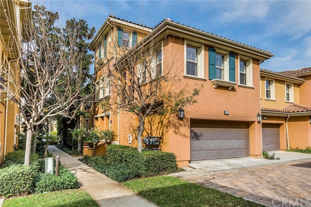 194 Wild Lilac , CA 92620 is listed for sale as MLS Listing OC18006644