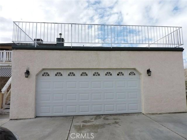16530 Kayuga Street, Victorville CA: http://media.crmls.org/medias/dfe21ea3-d3fe-438a-92bd-1f9d73962a53.jpg