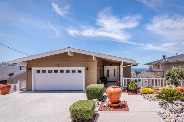 2821 Juniper Avenue, Morro Bay, CA 93442