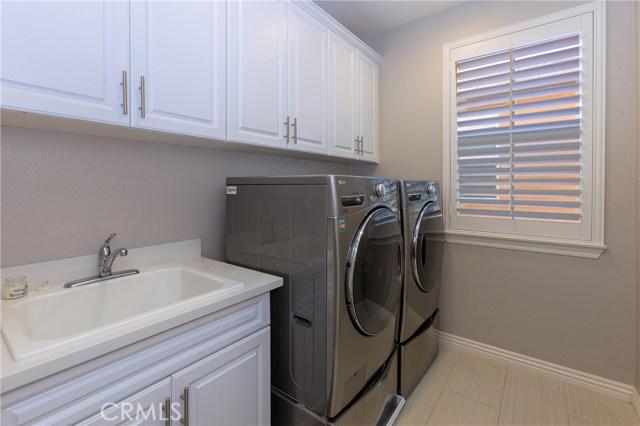 29 Vivido Street, Rancho Mission Viejo CA: http://media.crmls.org/medias/dfec6a25-3501-48c6-bd12-738831572e48.jpg