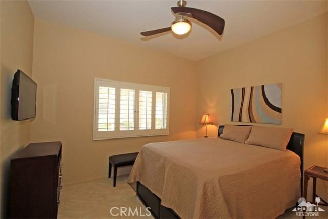 75 Augusta Drive, Rancho Mirage CA: http://media.crmls.org/medias/dffc1bd5-b249-48a0-ab7d-600a24fb184d.jpg