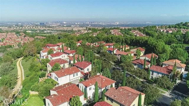 40 Gardenpath, Irvine CA: http://media.crmls.org/medias/dffed072-c12a-4af4-a8c8-3a2244d686aa.jpg