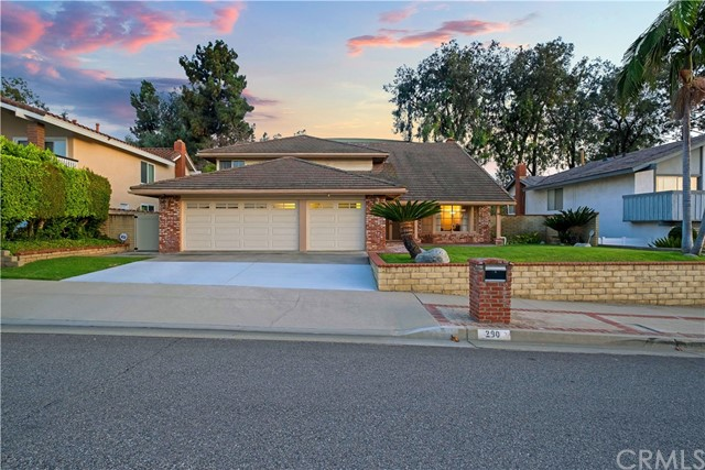 Photo of 290 E Country Hills Dr, La Habra, CA 90631