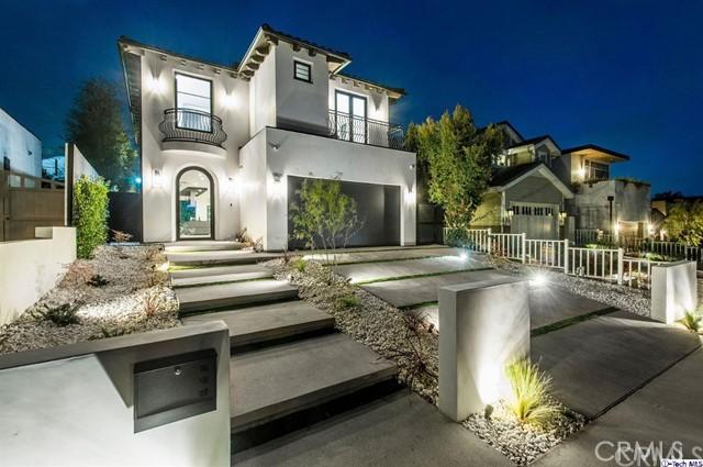 946 Embury Street  Pacific Palisades CA 90272