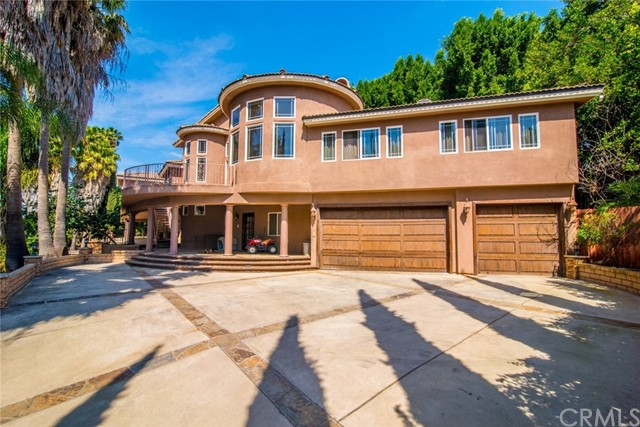 Single Family Home for Sale at 5055 Crescent Drive E Anaheim, California 92807 United States