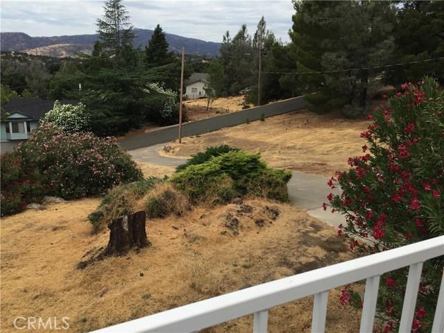 16496 Hacienda Court, Hidden Valley Lake CA: http://media.crmls.org/medias/e01977cf-0962-45cd-b899-6a12b0ffb13d.jpg