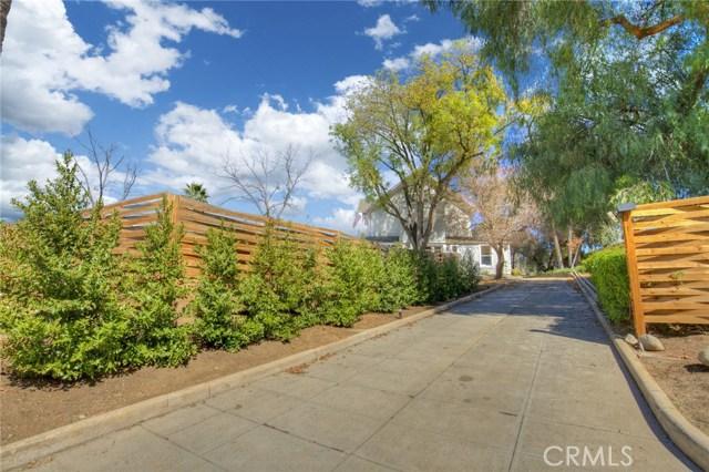 1311 S Center Street, Redlands CA: http://media.crmls.org/medias/e022080d-88f1-4c01-8487-0b5f1368aa4b.jpg