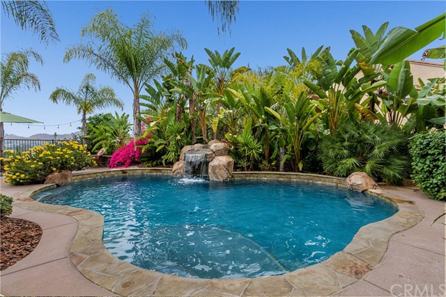 Single Family Home for Sale at 3144 Skyline View Glen Escondido, California 92027 United States