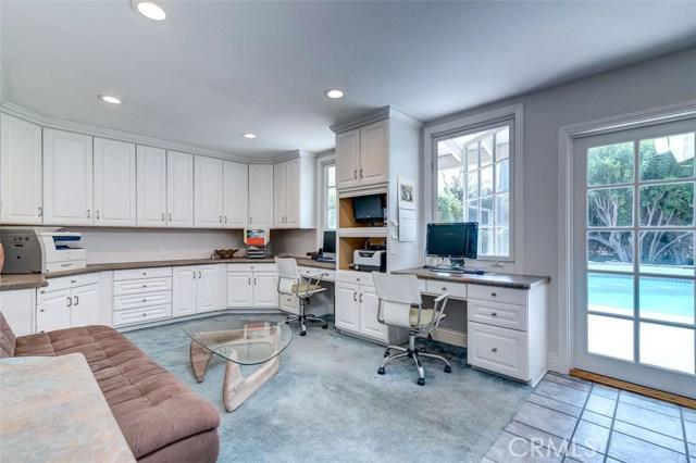 164 Villa Rita Drive, La Habra Heights CA: http://media.crmls.org/medias/e0316129-7773-4547-9f11-67bcc0aa52ce.jpg