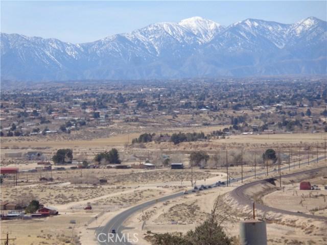 土地,用地 为 销售 在 Rock Springs & Kiowa Road Rock Springs & Kiowa Road Apple Valley, 加利福尼亚州 92308 美国