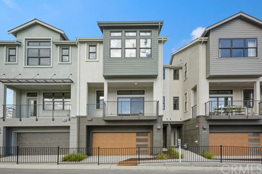 Detail Gallery Image 1 of 6 For 2685 Bantry Ct, South San Francisco,  CA 94080 - 4 Beds | 3/1 Baths