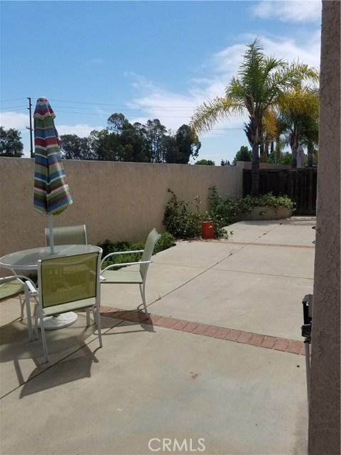 1413 Fairmont Drive, Corona CA: http://media.crmls.org/medias/e04a51bd-4117-4091-b7ac-046705860e7d.jpg