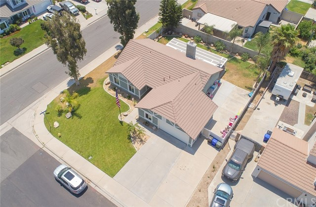 1145 Wildflower Street, Rialto CA: http://media.crmls.org/medias/e05c0a38-f346-482a-9bb8-6409e592bb11.jpg