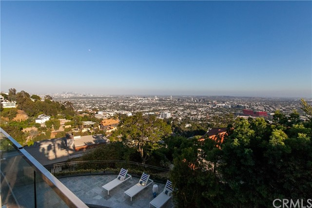 1500 Viewsite Ter, Los Angeles, CA 90069 Photo 21