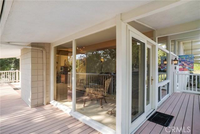 18 Ranchview Road, Rolling Hills Estates CA: http://media.crmls.org/medias/e06b8ce5-e45a-4284-8d69-aa0b99ba6ac6.jpg