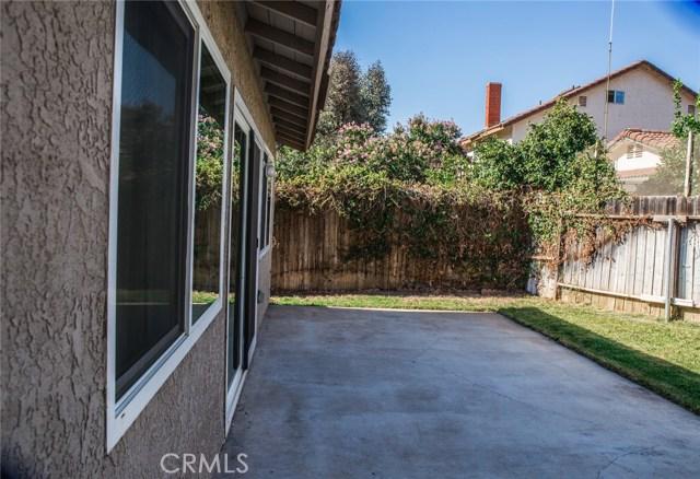 11938 Graham Street, Moreno Valley CA: http://media.crmls.org/medias/e070eed2-b281-490d-b068-4655aa3573e6.jpg