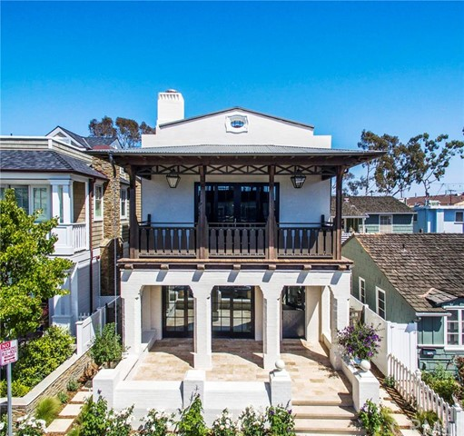 Single Family Home for Sale at 220 Onyx St Newport Beach, California 92662 United States